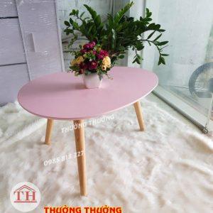 Bàn trà sofa hồng