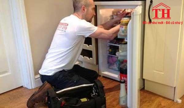 mua tủ lạnh mini cũ từ thợ sửa tủ lạnh