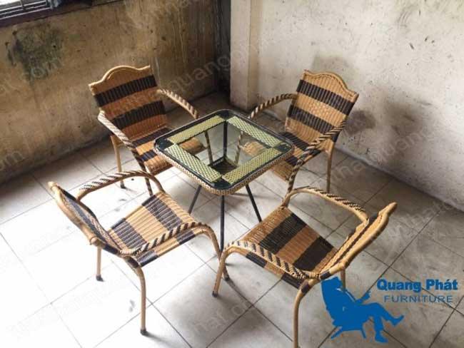 Bàn ghế giả mây thanh lý tại nội thất Quang Phát - Mẫu 3